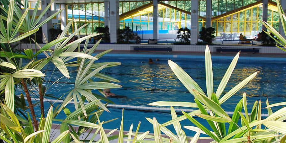 Der überdachte Teil des Freizeitbades sorgt dafür, dass zu jeder Jahreszeit geplanscht werden kann