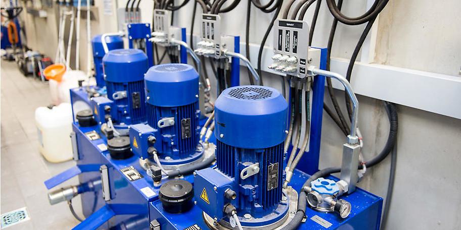 Hochdruck-Vorwasch-Roboter, lackschonende Reinigung, rückstandslose Trocknung und ökologischer Wassereinsatz zeichnen autoSPA aus