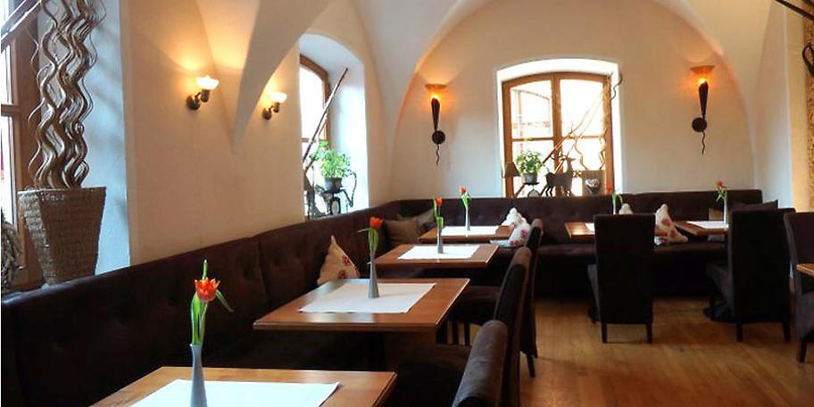 Einladender Restaurantbereich in Meiser's Café & Restaurant