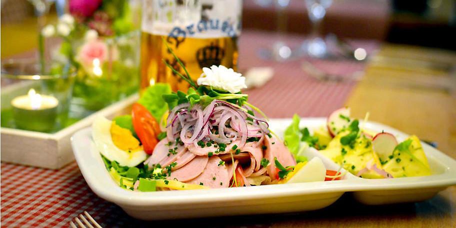 Beim Gromerhof finden Sie überregionale Köstlichkeiten und saisonale Highlights auf der Speisekarte
