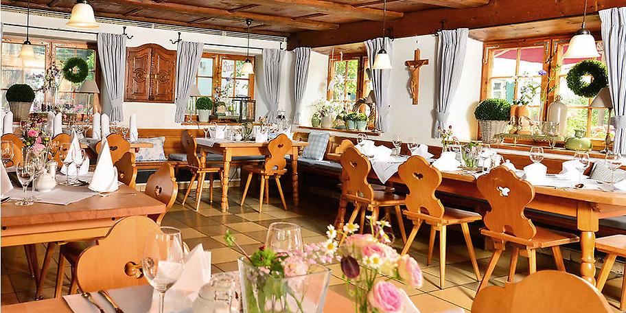 Gönnen Sie sich einen schönen Abend im Museumsgasthaus Gromerhof