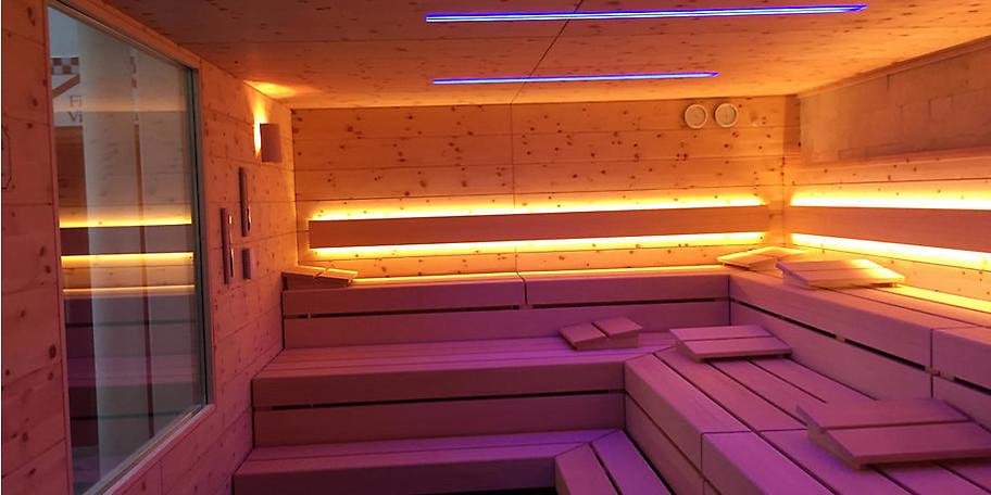 Entspannen Sie im neu renovierten Tepidarium in der Driburg Therme