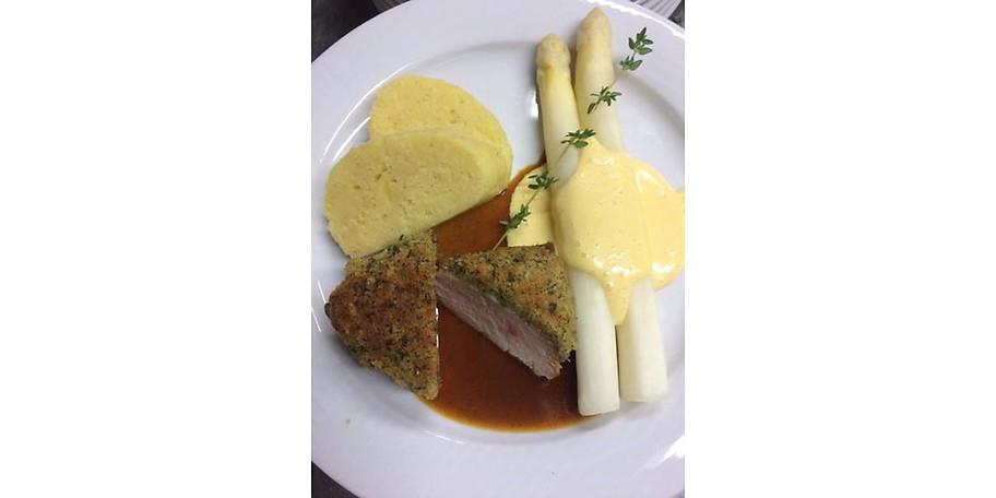 Kulinarische Köstlichkeiten in Michis Café Restaurant