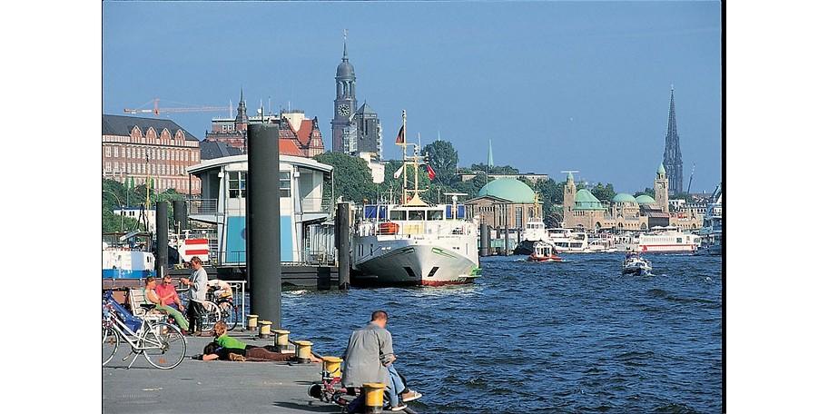 Sparen Sie 33% mit diesem Gutschein und erleben Sie das bunte Treiben am Hamburger Hafen