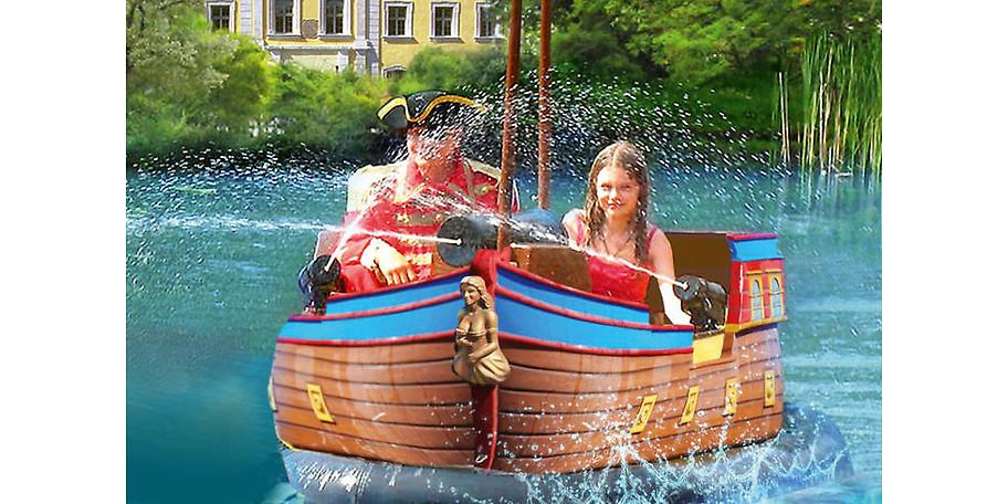 Schloss Thurn- Piratenboot