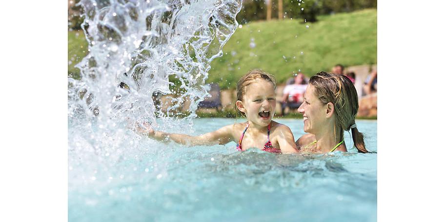 Badespaß für Groß und Klein im Cener Parcs Bostalsee