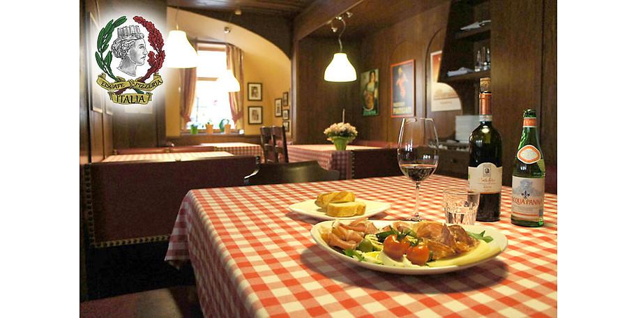 Gemütliche Atmosphäre im Eiscafe & Pizzeria Italia in Rothenburg o. d. Tauber