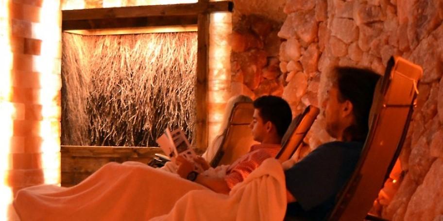 Genießen Sie im Saargrotte Resort Saarbrücken die wohltuende Kraft reiner Salzluft