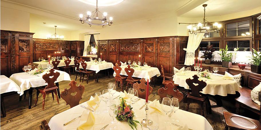 Gemütlicher Speisesaal des Hotels Goldener Engl