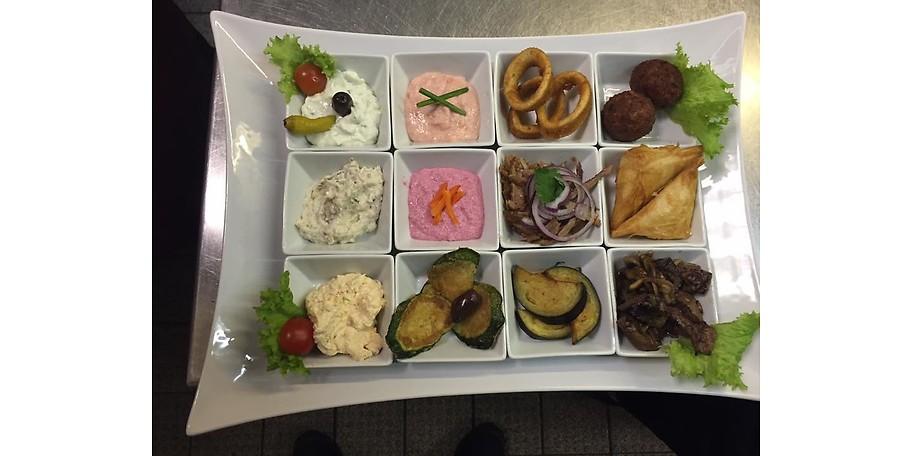 Unsere Vorspeisenteller vereinen die Vielfalt der Küche Griechenlands