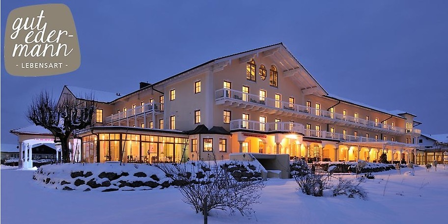 Das liebevoll renovierte Wellness & SpaHotel GUT EDERMANN ruht auf einer Anhöhe über dem oberbayerischen Teisendorf, nur einen Katzensprung von Salzburg entfernt und bezaubert mit absoluter Ruhe und herrlichstem Bergpanorama.