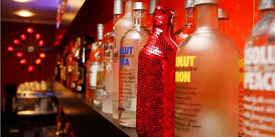 In Franky's Bar erwartet Sie ein umfangreiches und leckeres Cocktailangebot