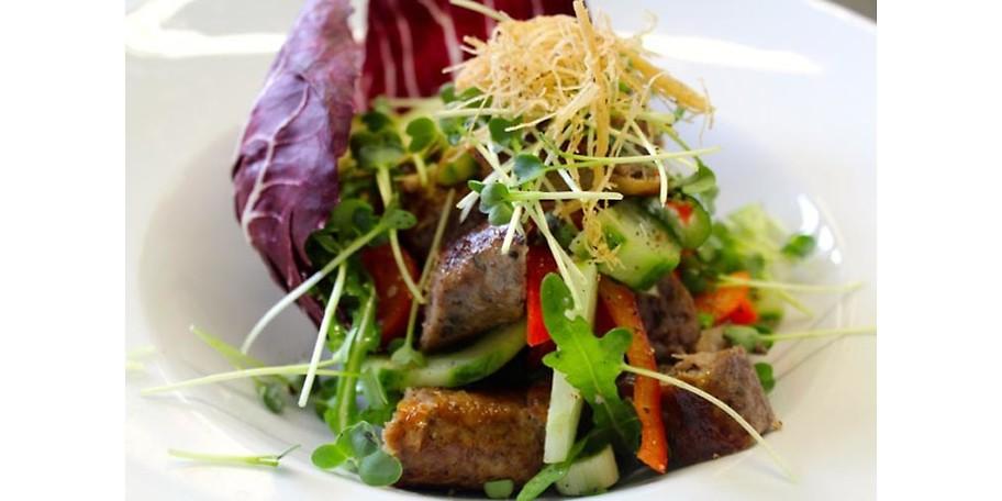 Genießen Sie Kulinarische Köstlichkeiten im Bambusgarten