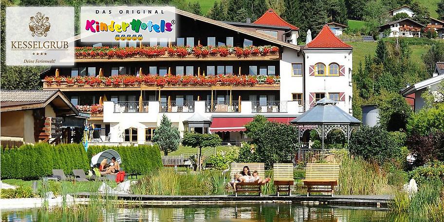 Wunderbare Außenansicht auf die Kesselgrubs Ferienwelt**** in Altenmarkt/Zauchensee