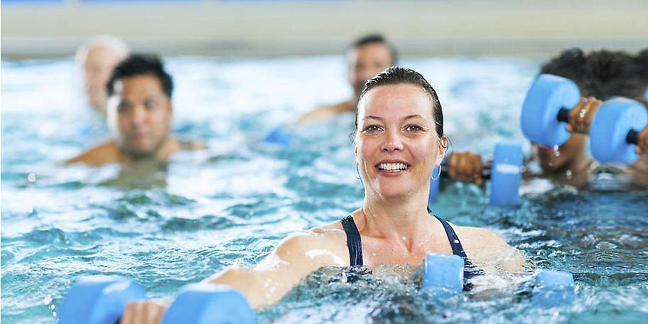 Sportbegeisterte, passionierte Schwimmer und Wasserratten sind hier ganz in ihrem Element