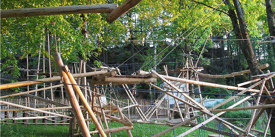 Der Abenteuerpark Betzenstein ist ein Naturhochseilgarten der besonderen Art