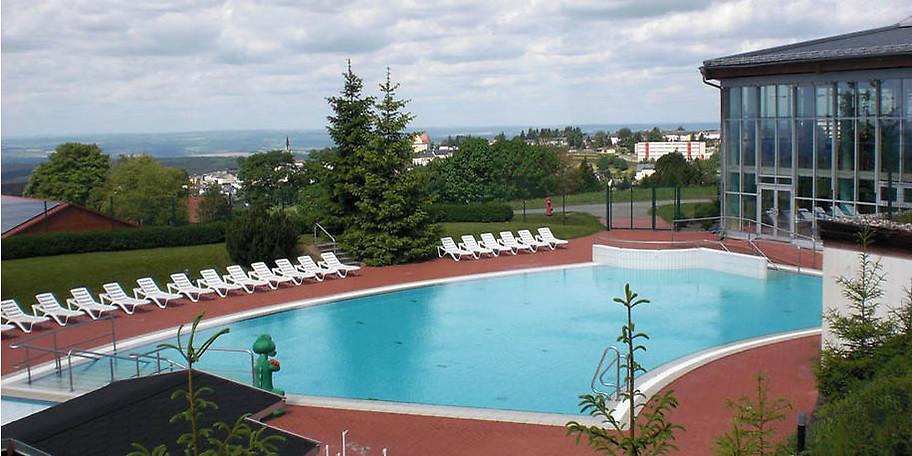 Das Außenbecken im Hotel & Ferienpark IFA Schöneck