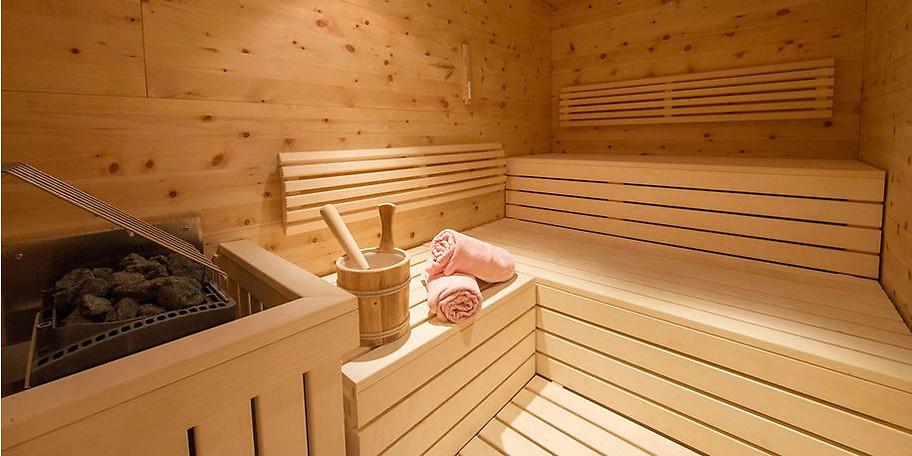Entspannen Sie in der Sauna und vergessen Sie den Alltagsstress