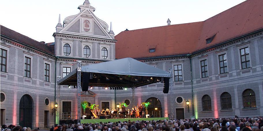 Die größten Pink Floyd Hits direkt an der Residenz in München