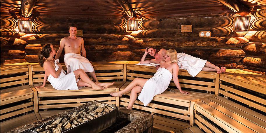 In der Saunalandschaft in der NaturThermeTemplin gibt es für jeden das richtige Angebot