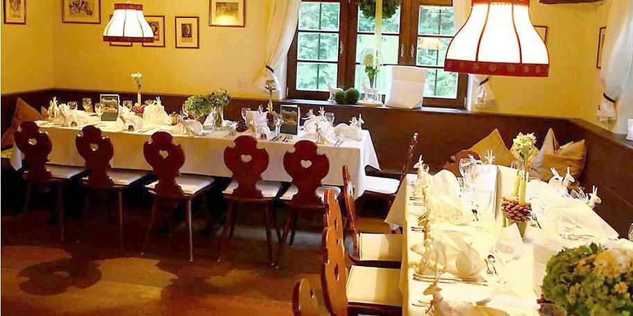 Gemütliche Atmosphäre im Gasthof Schwaigeralm