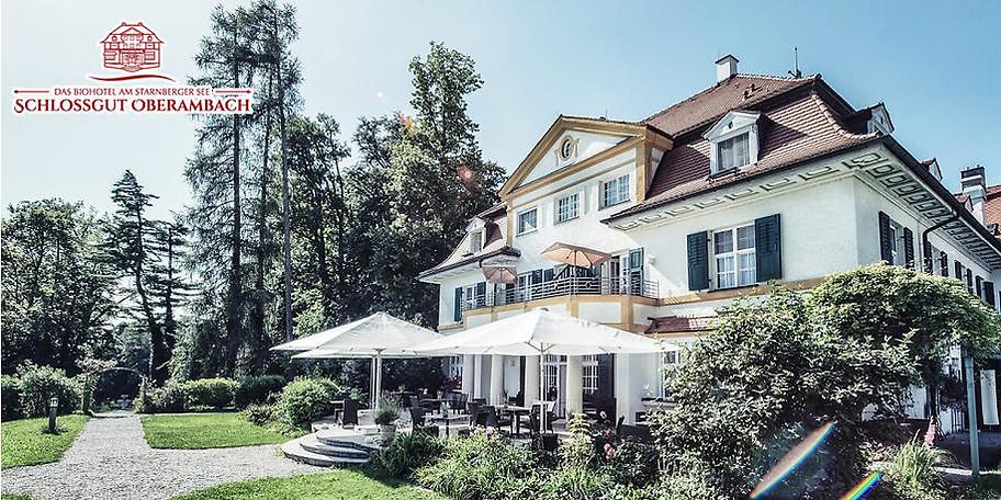 Wunderbare Außenansicht auf das Schlossgut Oberambach