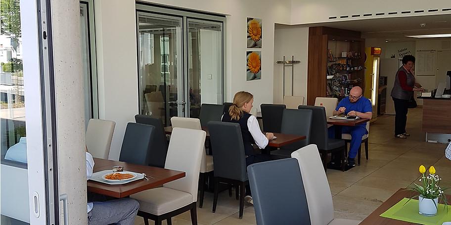 gutschein caf teria mathilde kulinarisch 12 50 statt 25. Black Bedroom Furniture Sets. Home Design Ideas