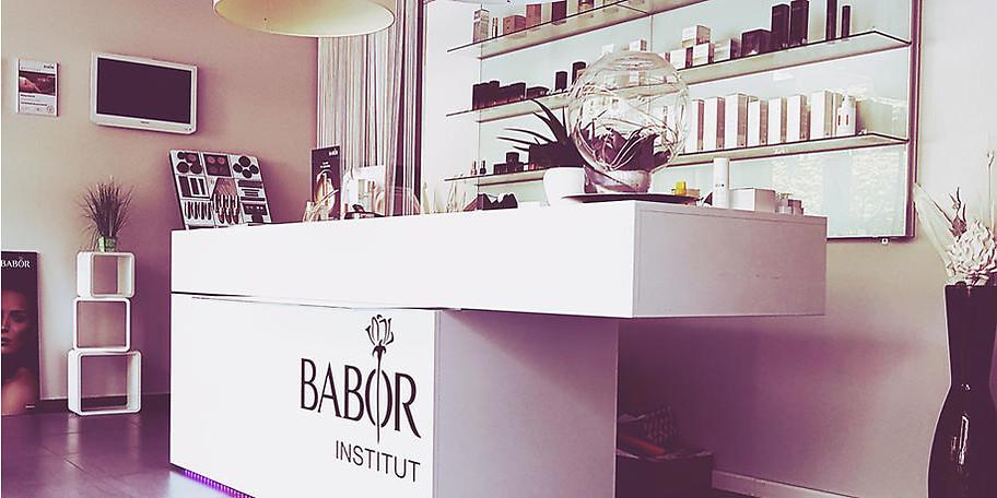 Gönnen Sie sich eine Auszeit vom Alltagsstress in der Beauty Lounge Babor in Saarbrücken