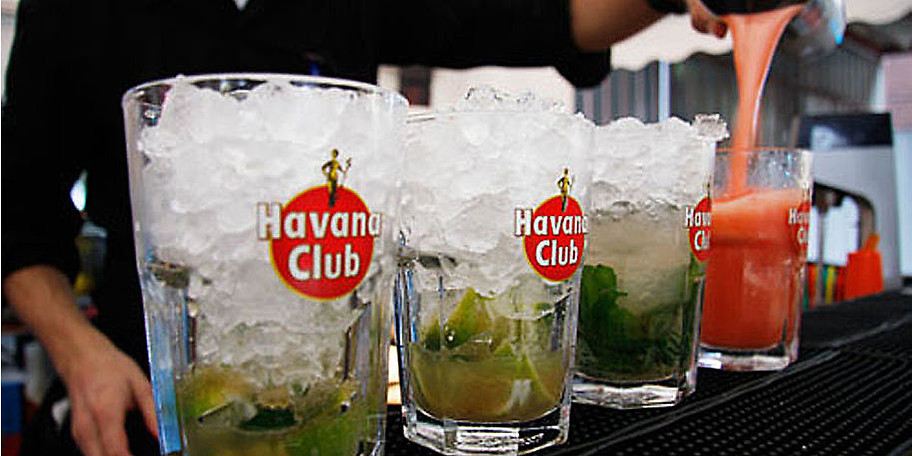 Genießen Sie leckere Cocktails im Cuba Club im Franky's in Mülheim