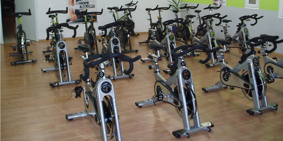 DEKA Sports verfügt über sehr gute, hochwertige Trainingsgeräte