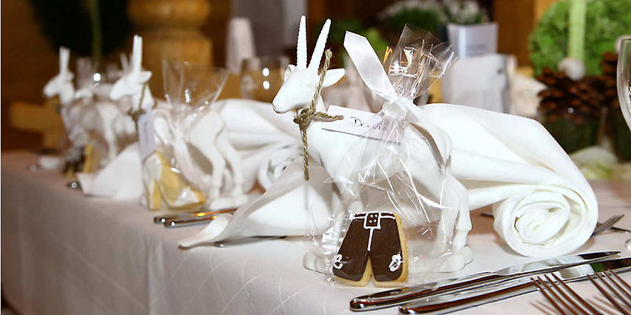 Gönnen Sie sich einen schönen Abend im Gasthof Schwaigeralm