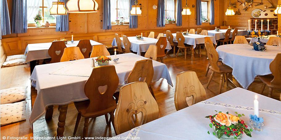 Gönnen Sie sich einen schönen Abend im Gasthof Jachenau