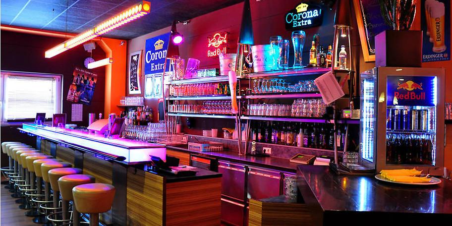 Das Restaurant und die Loungebar sind so ausgelegt, dass auch für Nicht-Bowler der Spaß nicht ausbleibt
