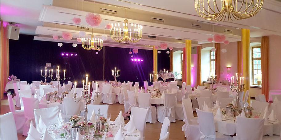 In den beiden verbundenen Gewölben sind Veranstaltungen für ca. 80 Personen möglich